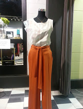 SF trousers with Sketch top